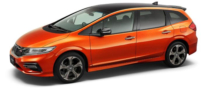 ジェイドRSのプレミアムクリスタルオレンジ・メタリックのルーフがブラック